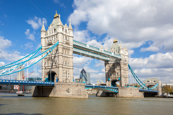 Tower Bridge Londres rio inglaterra Foto stock © vichie81