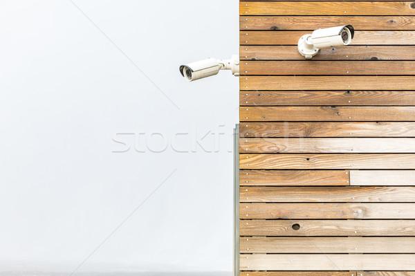 Kamera cctv biztonsági kamera fából készült panel fal Stock fotó © vichie81