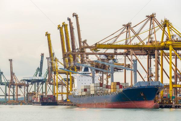 Industrial porta navio porta-contentores indústria corda transporte Foto stock © vichie81