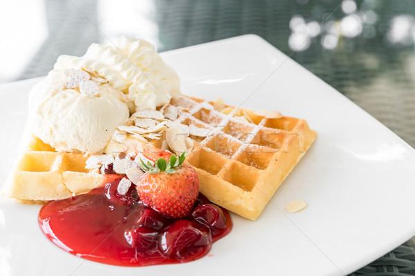 Stock fotó: Eper · waffle · fagylalt · gyümölcs · piros · tányér