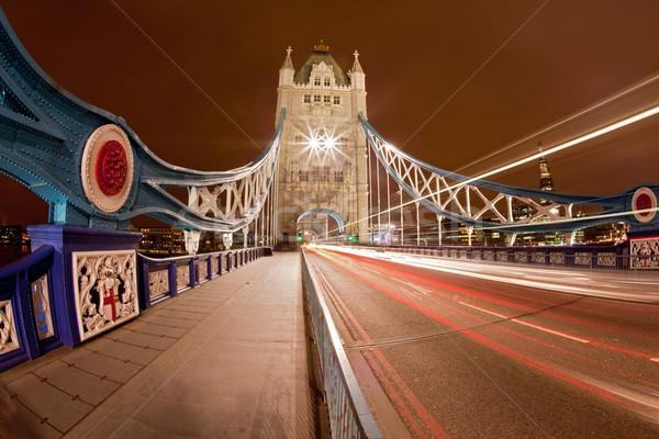 Tower Bridge işaret İngiltere Büyük Britanya gece köprü Stok fotoğraf © vichie81