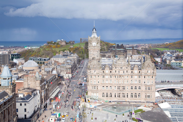 Edinburgh Hill budynku Szkocji drogowego miasta Zdjęcia stock © vichie81