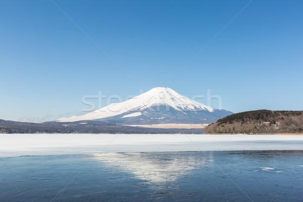 Monte Fuji gelado lago inverno céu água Foto stock © vichie81