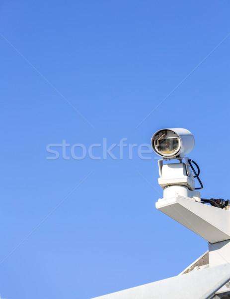 Cctv caméra de sécurité ciel bleu télévision technologie sécurité Photo stock © vichie81