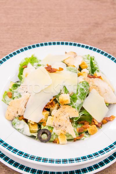 Salada césar bacon frango cozinha mediterrânea folha verde Foto stock © vichie81