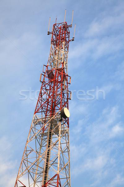Radio antena torre cielo azul negocios Foto stock © vichie81