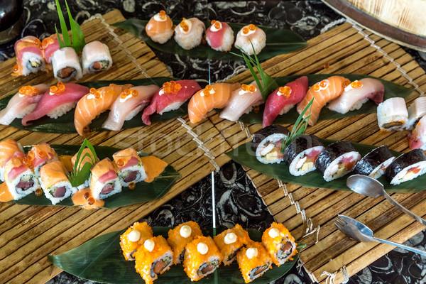 Szusi szett tengeri hal narancs ázsiai lazac Stock fotó © vichie81