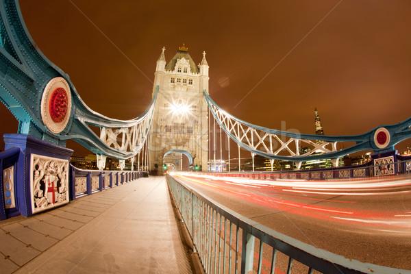 Tower Bridge notte punto di riferimento Inghilterra Regno Unito pesce Foto d'archivio © vichie81