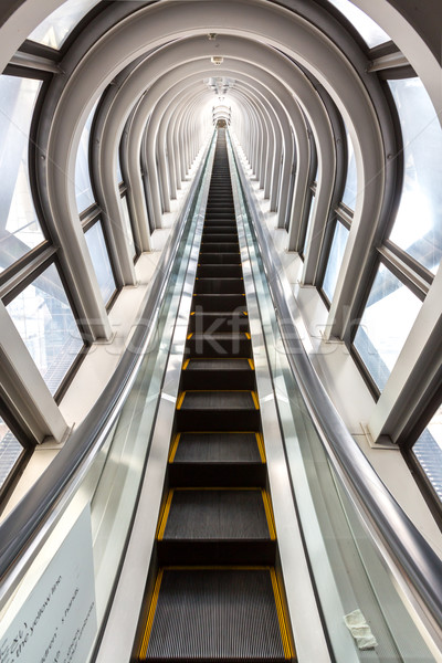 Réussi perspectives escalier à l'intérieur contemporain bleu Photo stock © vichie81