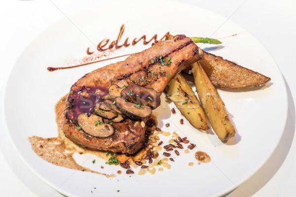Domuz eti ızgara patates kızartması gıda akşam yemeği et Stok fotoğraf © vichie81