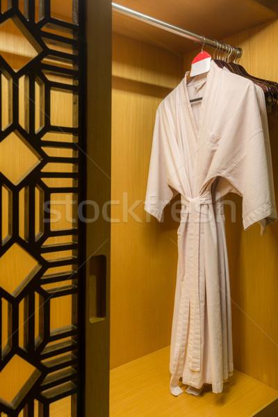 Blanco albornoz cuerpo casa Pareja Foto stock © vichie81