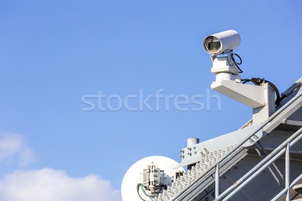 Cctv aparatu bezpieczeństwa Błękitne niebo telewizji technologii wideo Zdjęcia stock © vichie81