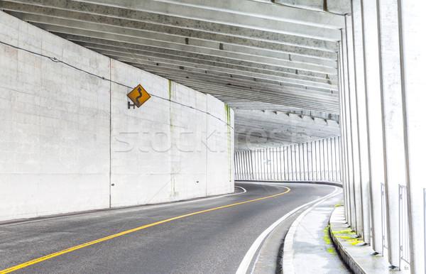 Tunnel montagna interni urbana strada luce Foto d'archivio © vichie81