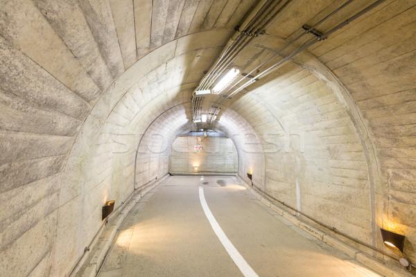 Tunnel interni urbana strada strada sfondo Foto d'archivio © vichie81