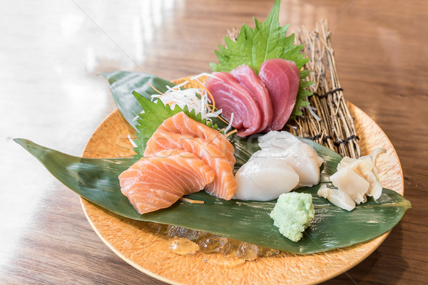 sashimi japanisch k che essen orange asian stock foto vichaya kiatying angsulee. Black Bedroom Furniture Sets. Home Design Ideas