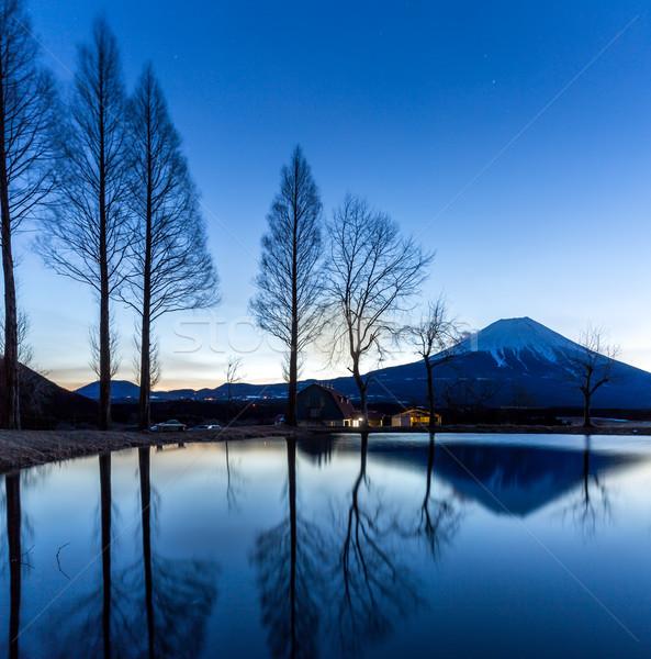 Mount Fuji Świt górskich Japonia krajobraz zimą Zdjęcia stock © vichie81