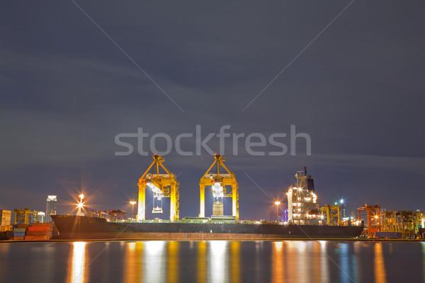 ładunku statku przemysłowych pojemnik pracy Żuraw Zdjęcia stock © vichie81
