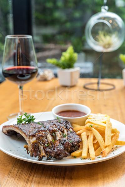 Gegrild varkensvlees rib eettafel baby Maakt een reservekopie Stockfoto © vichie81