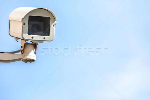 Cctv kamery aparatu bezpieczeństwa Błękitne niebo telewizji technologii Zdjęcia stock © vichie81