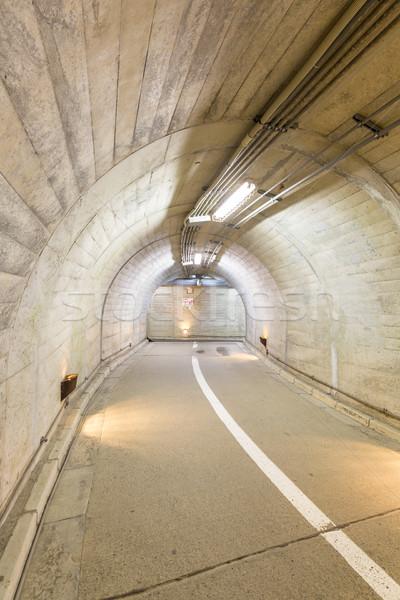 Tunnel intérieur urbaine route rue fond Photo stock © vichie81