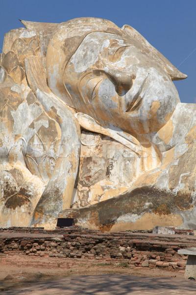 Gigante buddha statua tempio rovina cielo blu Foto d'archivio © vichie81