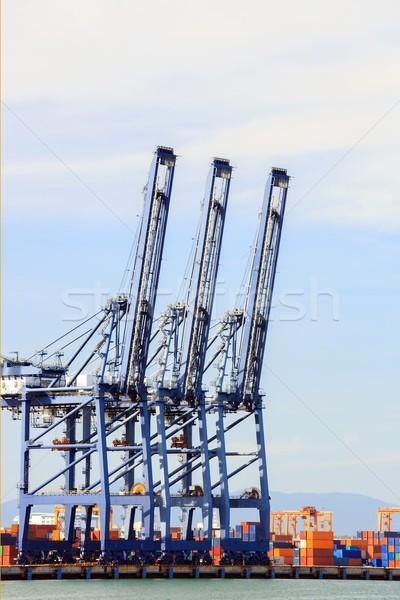 Grande industrial porta transporte global de negócios água Foto stock © vichie81