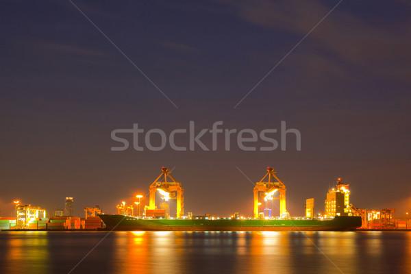 Konténer teher hajó dolgozik állvány híd Stock fotó © vichie81