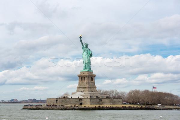 Estátua liberdade New York City EUA construção verde Foto stock © vichie81
