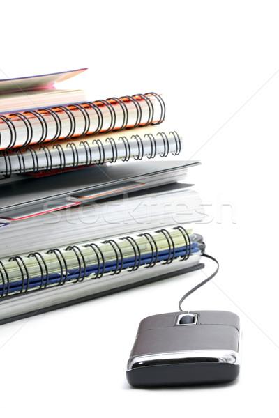 Online oktatás boglya gyűrű könyv egér internet Stock fotó © vichie81