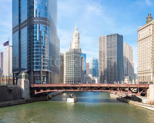 Chicago belváros panoráma folyó hidak égbolt Stock fotó © vichie81