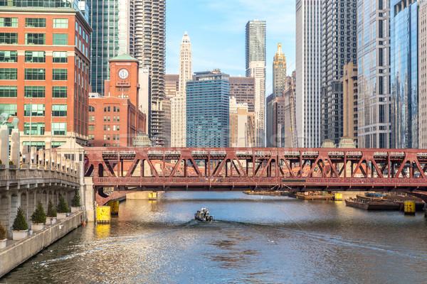 Chicago belváros folyó hidak égbolt iroda Stock fotó © vichie81