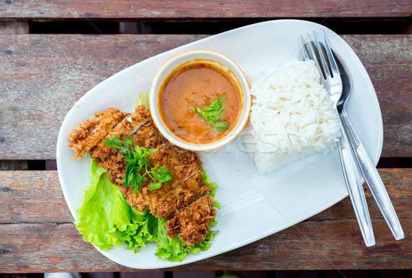 Foto stock: Profundo · frito · carne · de · porco · arroz · tabela · comida