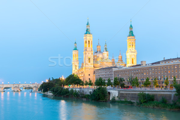 Stock fotó: Bazilika · Spanyolország · hölgy · oszlop · folyó · alkonyat