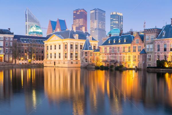 ストックフォト: 議会 · 宮殿 · 場所 · オランダ · 夕暮れ · 湖