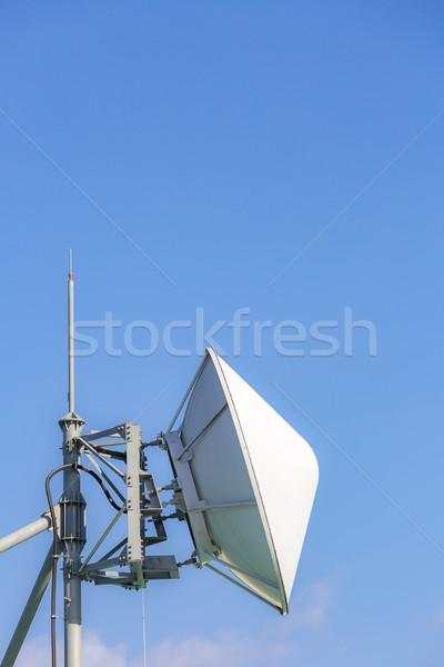 Satellite radio grand ciel téléphone Photo stock © vichie81
