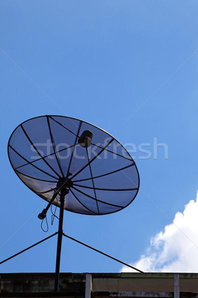 孤立した 黒 衛星 晴れた 空 垂直 ストックフォト © vichie81