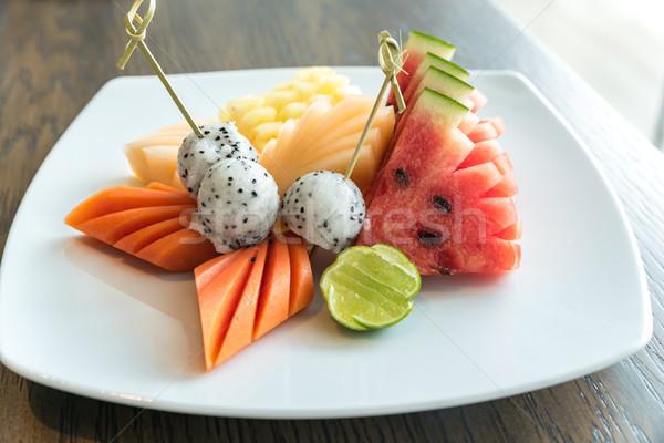 Exótico fruta tropical conjunto sobremesa comida maçã Foto stock © vichie81