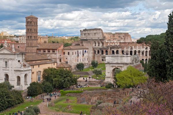 Colisée romaine forum Rome Italie Photo stock © vichie81