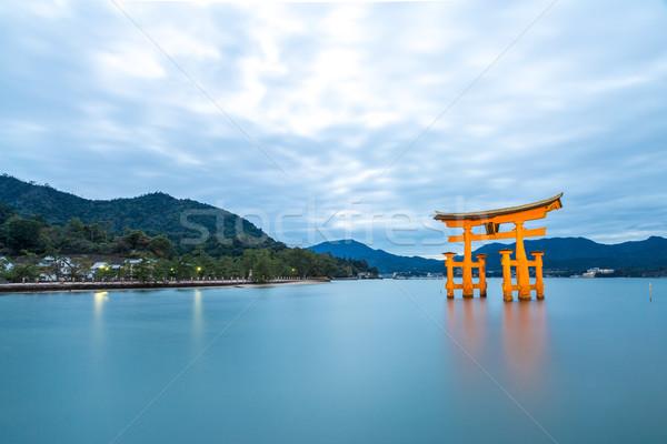 Lebeg kapu Japán naplemente sziget ázsiai Stock fotó © vichie81