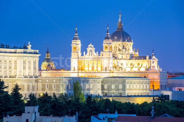 Madryt katedry pałac zmierzch Hiszpania wygaśnięcia Zdjęcia stock © vichie81
