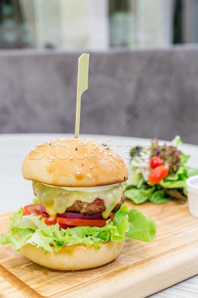 Carne hamburger formaggio legno piatto alimentare Foto d'archivio © vichie81
