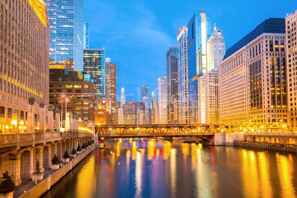 Chicago centrum stad rivier bruggen schemering Stockfoto © vichie81
