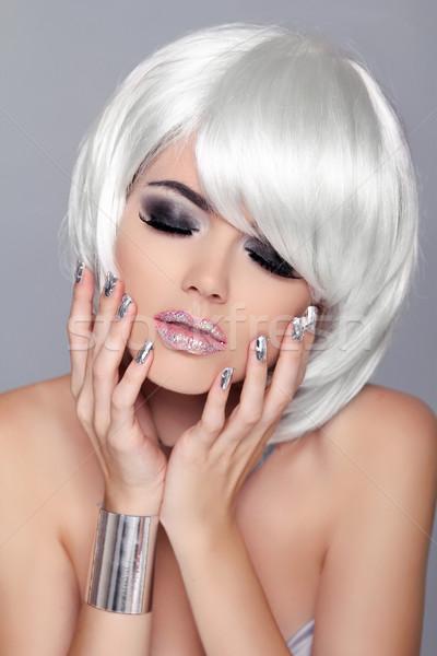 удовольствие моде красоту портрет женщину белый Сток-фото © Victoria_Andreas