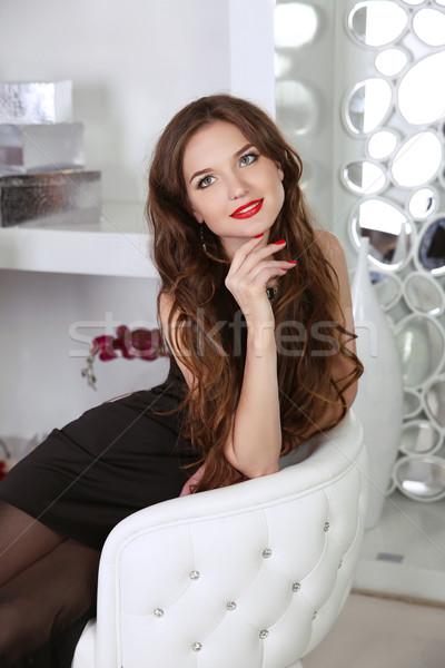 美しい 笑顔の女性 赤い唇 長髪 座って 現代 ストックフォト © Victoria_Andreas