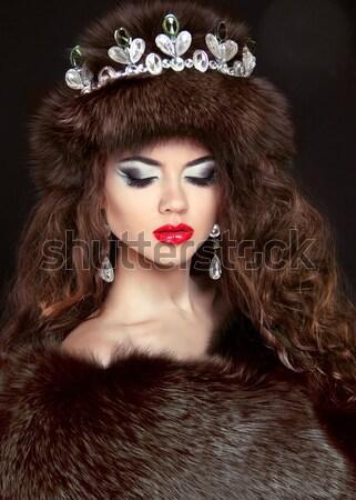 моде Lady красивая женщина шуба позируют роскошь Сток-фото © Victoria_Andreas