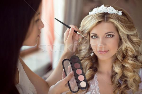 Profi stylist smink menyasszony esküvő nap Stock fotó © Victoria_Andreas