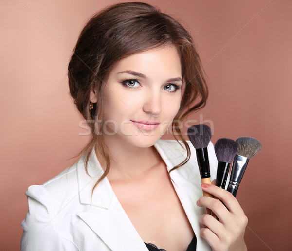Sminkmester profi stylist nő tart kéz Stock fotó © Victoria_Andreas