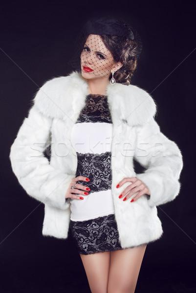 Moda model kadın lüks kürk Stok fotoğraf © Victoria_Andreas