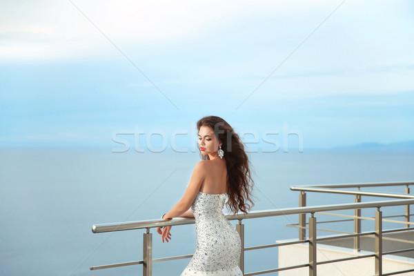 Gyönyörű menyasszony esküvői ruha szabadtér portré barna hajú Stock fotó © Victoria_Andreas