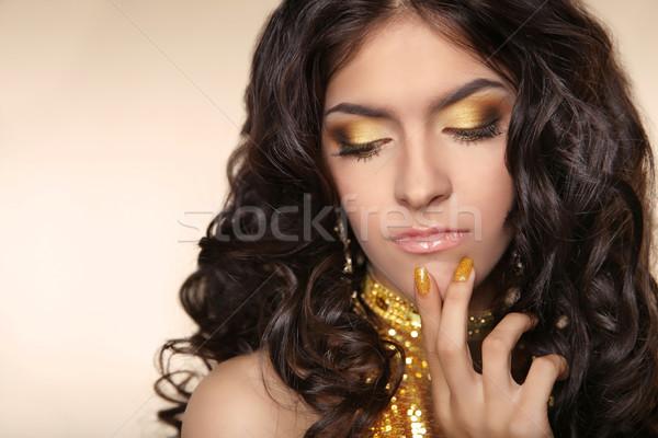 Güzellik altın göz makyajı esmer kadın Stok fotoğraf © Victoria_Andreas